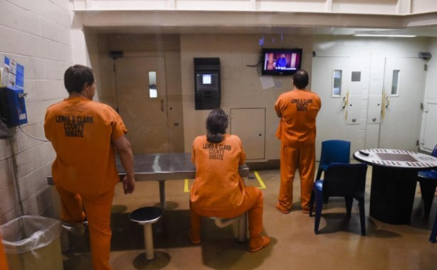 Can Inmates Watch Netflix